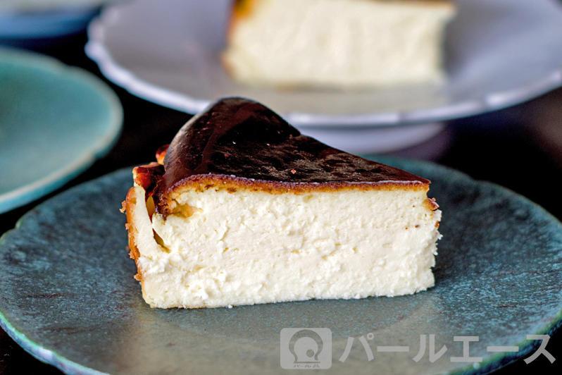 バスクのバル風チーズケーキ